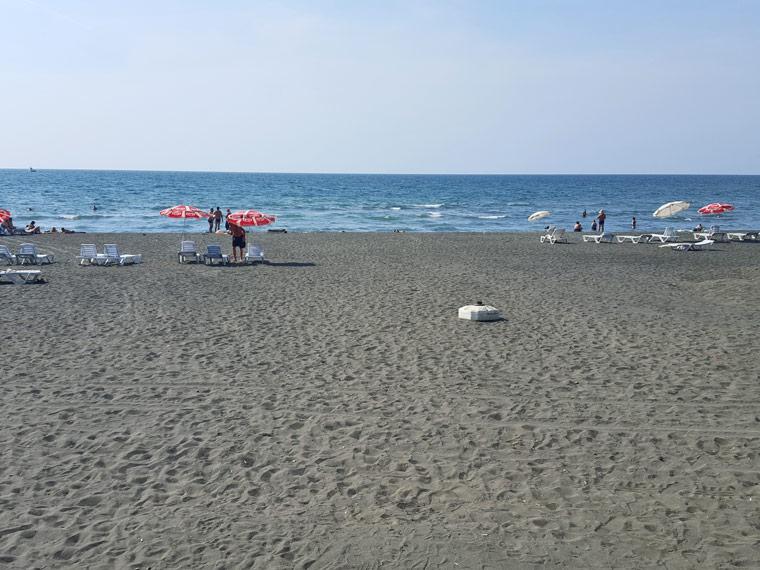 ureki-beach-foto-1