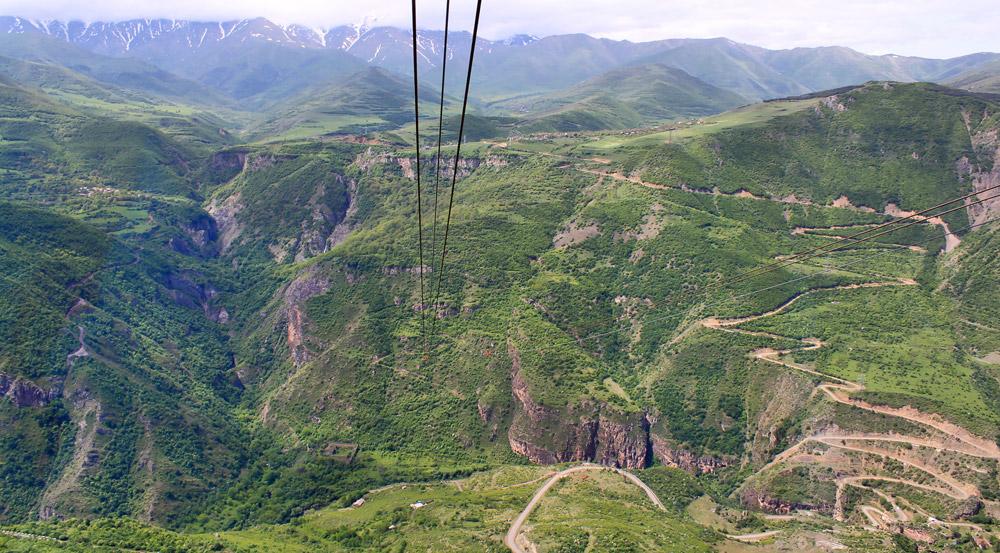kanatnaya-doroga-tatev-armenia